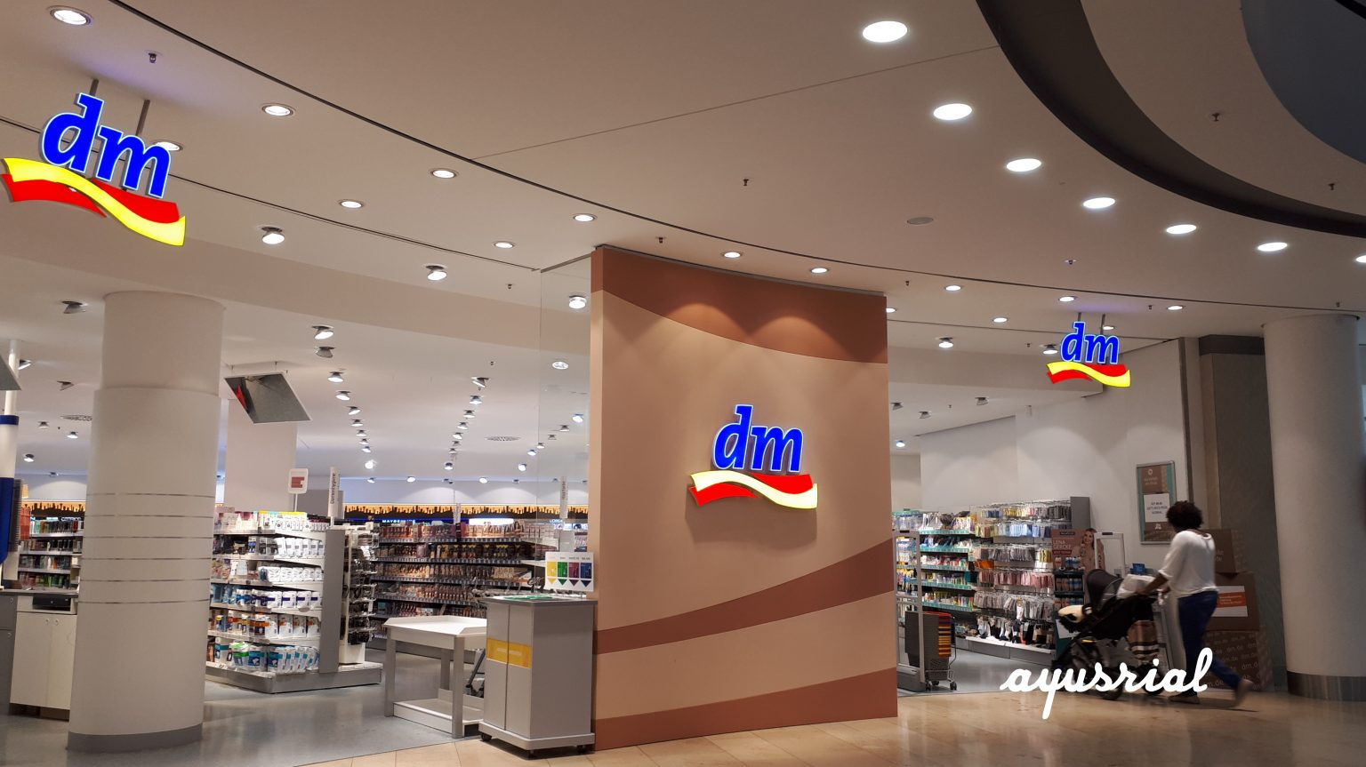 belanja dan pusat perbelanjaan di munich  dreams come true